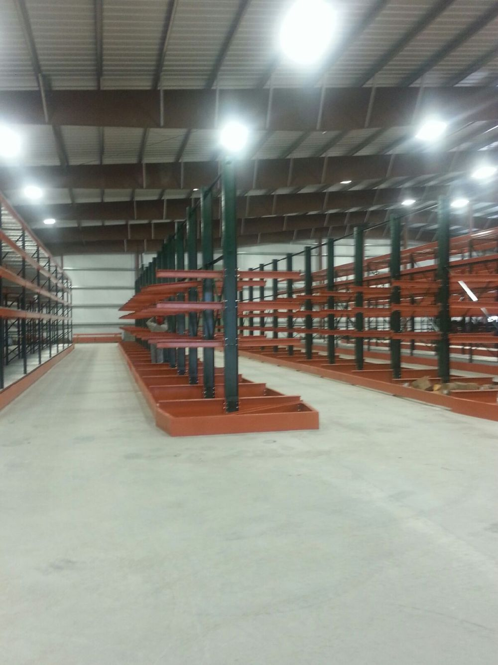 Cantilever Rack with Channel Guides for Side Loader Forklift
